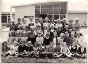 Narrabundah Infants 1953 - Courtesy Bill McIntyre -3rd row 4th from left